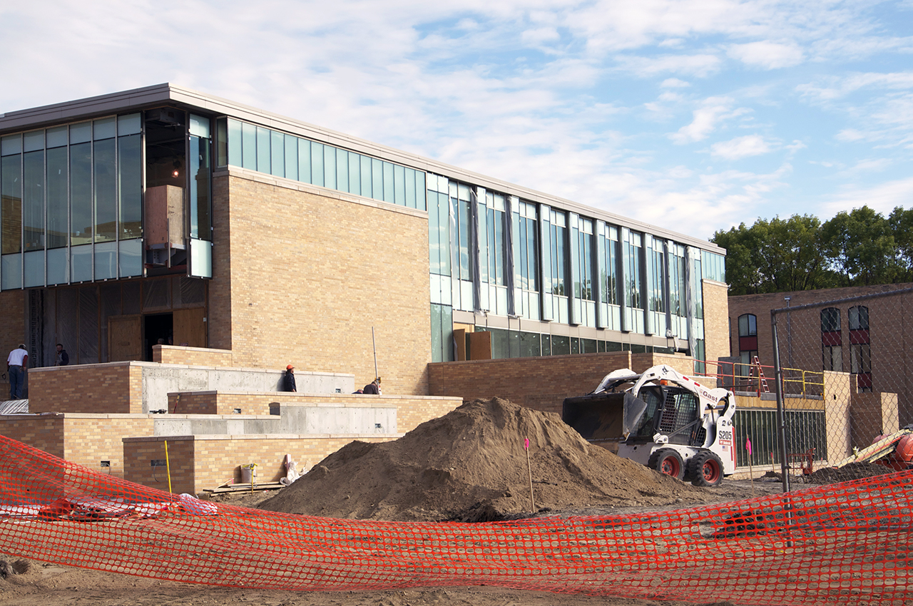 Photo by Regan Whitney. Construction on the Offut School of Business.