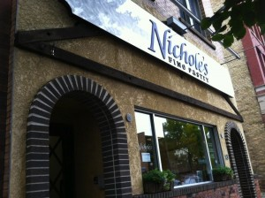 Nichole's bakery -reviews