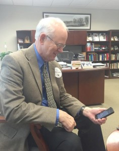 President Craft surfs his Twitter account to see what Cobbers are up to. Photo by Emma Garton