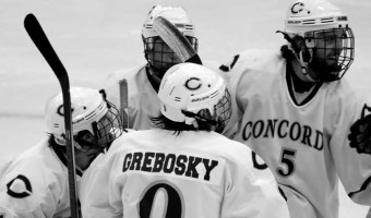 Men's hockey athletes play across the country before Concordia