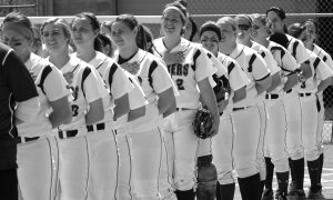 The 2015- 2016 softball team during spring season. Courtesy of the Concordia Sports Information Office
