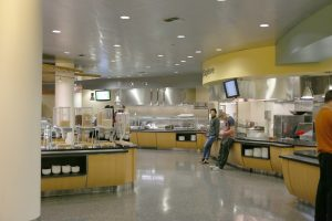 As students begin to filter out, Dining Services prepares to close for the night. Photo by Maddie Malat.