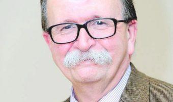 Bruce Vieweg announces retirement