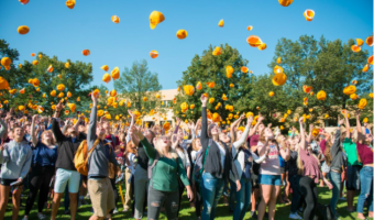 Freshman from the class of 2022 participate in the beanie toss on Olin Hill. CONCORDIA COLLEGE.