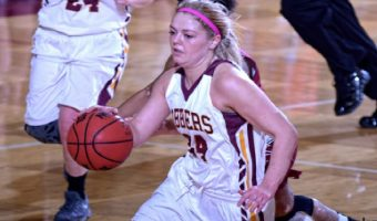 Senior guard Grace Wolhowe is one of only three upperclassmen on the women's basketball team this season. JIM CELLA.