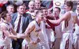 Cobber men's basketball celebrates after Larson's game-winning shot.